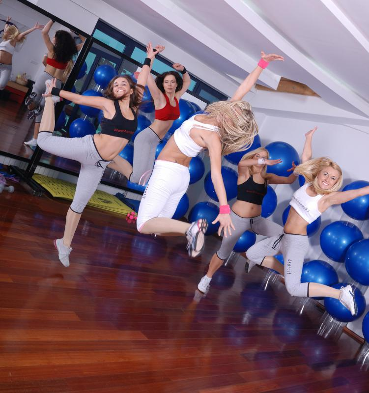 Many gyms offer group dance aerobics classes.