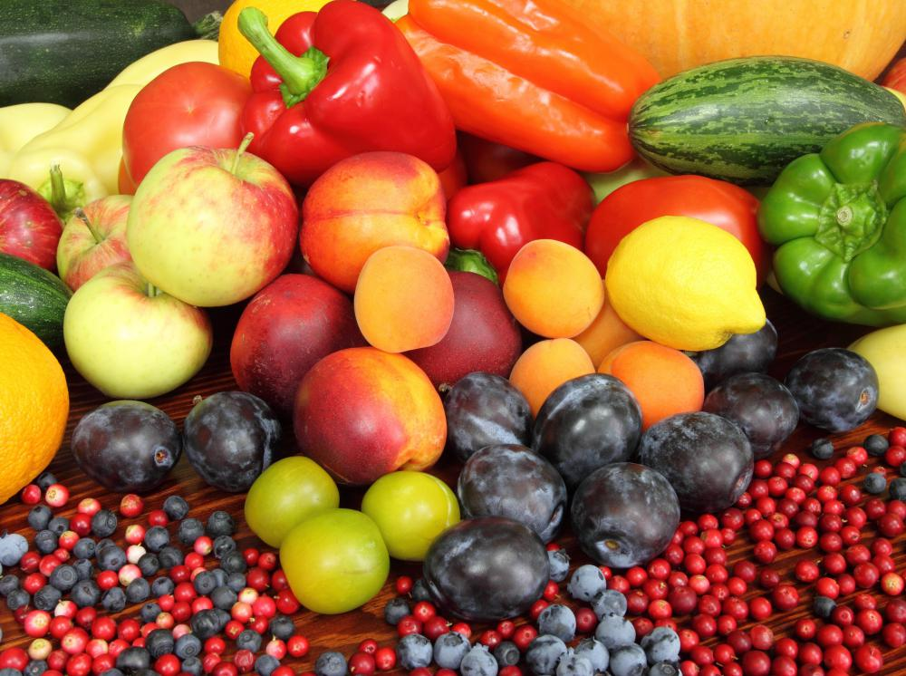 The anthocyanins in fruits and vegetables are a type of phenolic antioxidant.