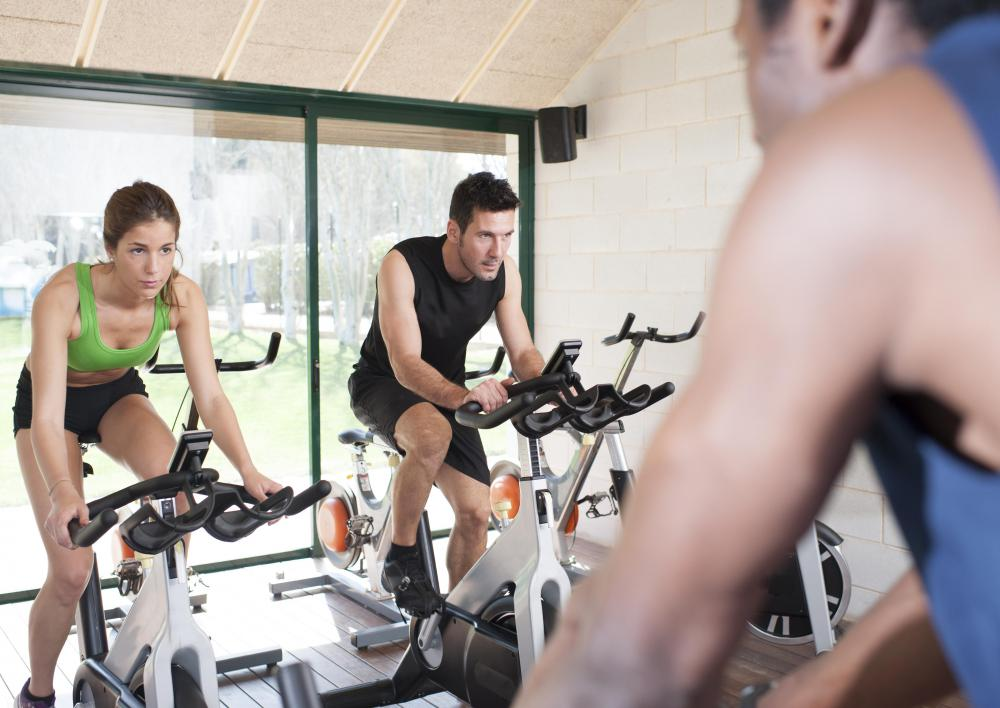 A spinning class instructor may call out visualizations for his or her students to help keep them motivated.
