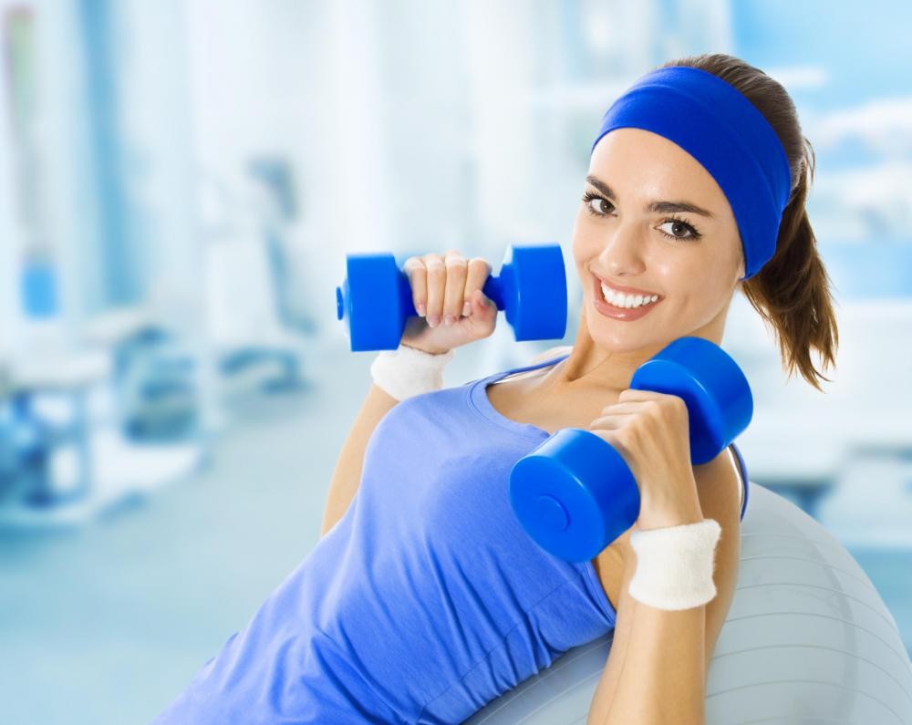 Incline dumbbell bench presses primarily work the upper chest and shoulder muscles, and may help prevent sagging breasts.