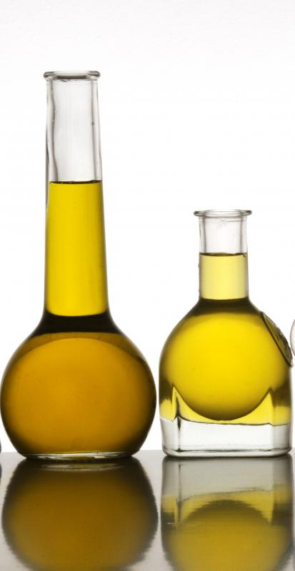Olive oil contains unsaturated fats.